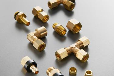 Mesingani priključci za metalne cevi sa dvostranim usečnim prstenom